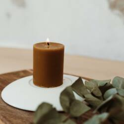 Gyertyatál klasszikus méhviasz tömbgyertyával - Pure Collection - BUKKI Candles ®